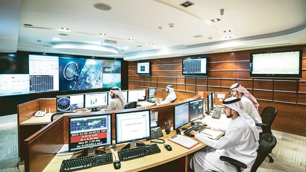 جهود علمية ولوجستية لإنجاز مشروع الإمارات الفضائي