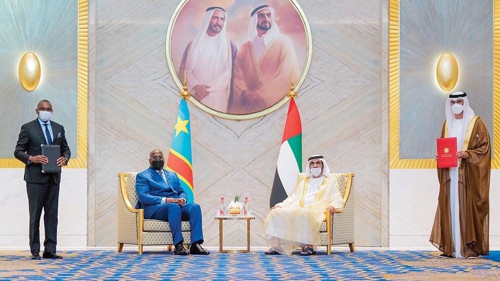 محمد بن راشد والرئيس الكونغولي يشهدان توقيع سلطان الجابر وأوليفر ماكالينا لإحدى الاتفاقيات
