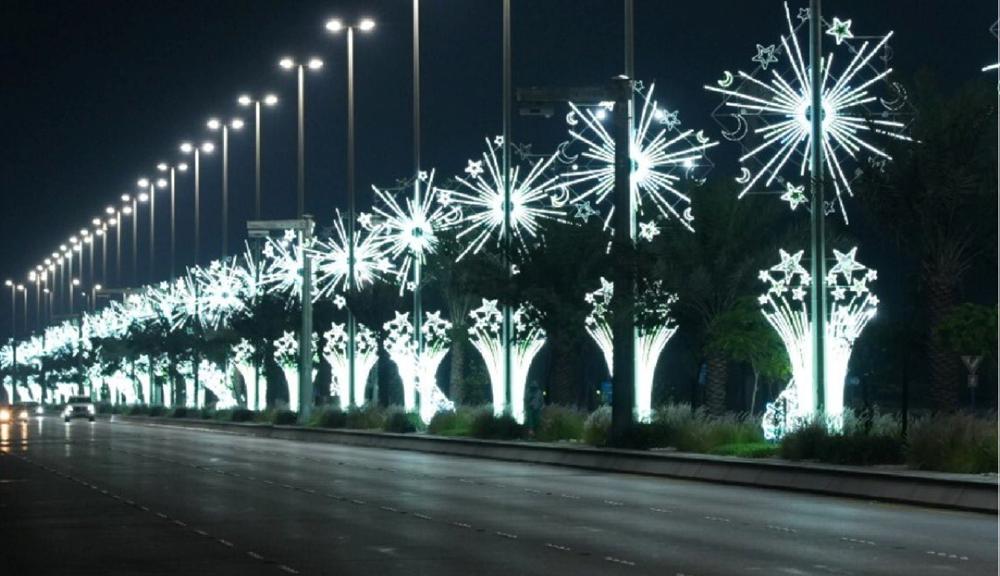 صور.. تزين شوارع أبوظبي احتفاءً بشهر رمضان