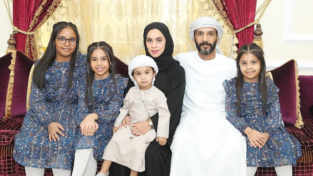أسرة فهد خلفان الحساني حصدت جائزة خليفة للتربية فئة الأسرة الإماراتية المتميزة
